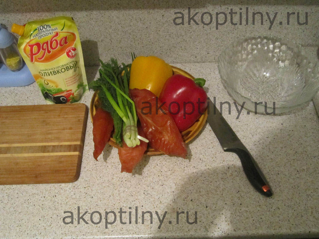 Салат с куриным мясом холодного копчения - 1